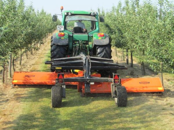 Flail pruning chopper with variable cutting width - NX-460
